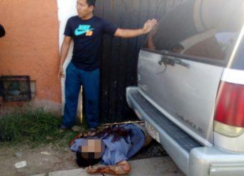 Ejecutan a medico cuando salía de su casa, en Oaxaca
