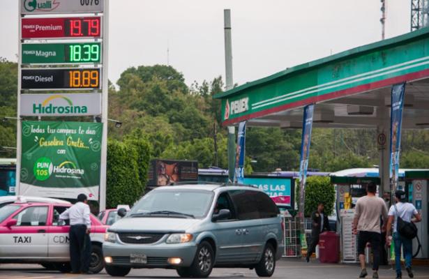Por primera vez sube la gasolina a 20 pesos