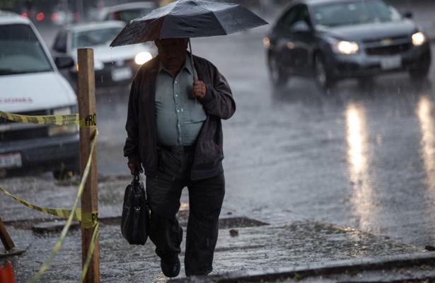 Prevén lluvias dispersas en la Ciudad de México
