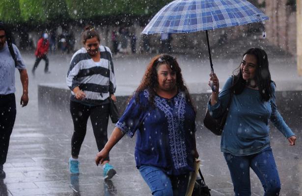 Prepárate para un viernes lluvioso en la CDMX