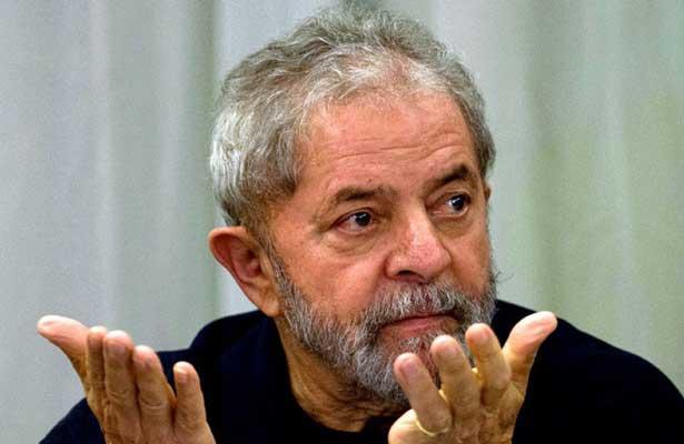 "Pide Lula da Silva ser candidato para sacar a Brasil ""del desastre"""