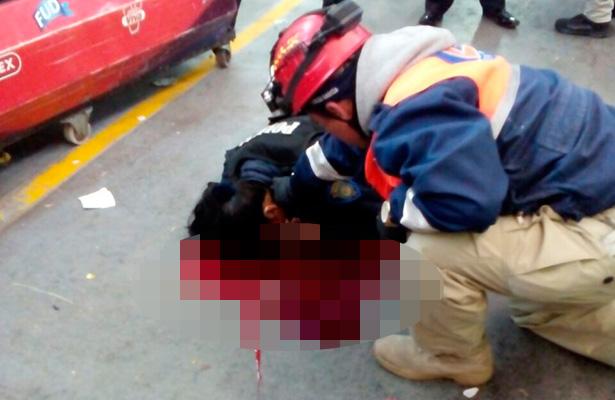 Muere mujer policía al enfrentar delincuentes [VIDEO]