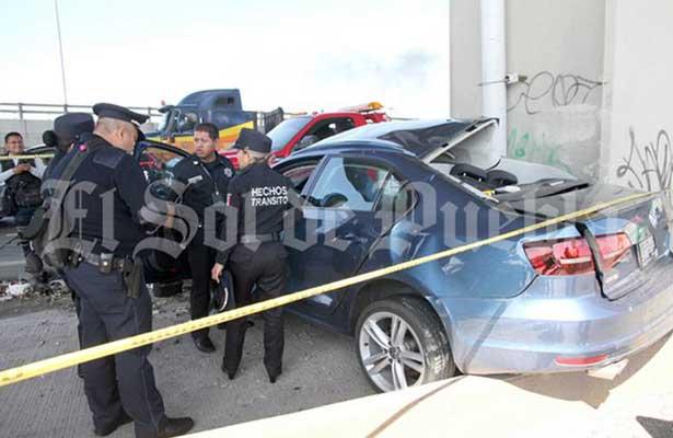 Trágico accidente carretero le arrebata la vida a novia en Puebla