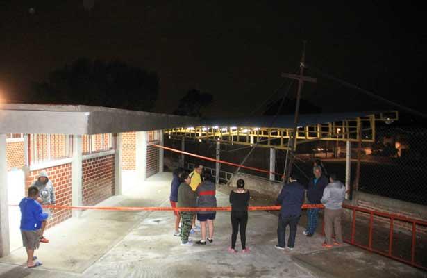 Colapsa barda de una escuela en la Magdalena Contreras