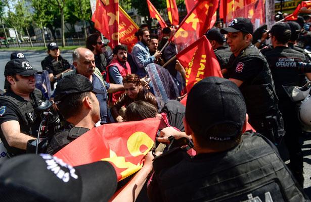Manifestaciones en Turquía por el Día del Trabajo dejan decenas de detenidos