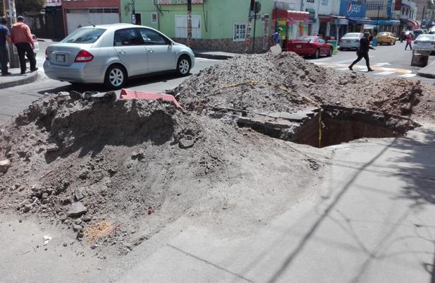 Vox Populi / Hoyo inexplicable en Azcapotzalco