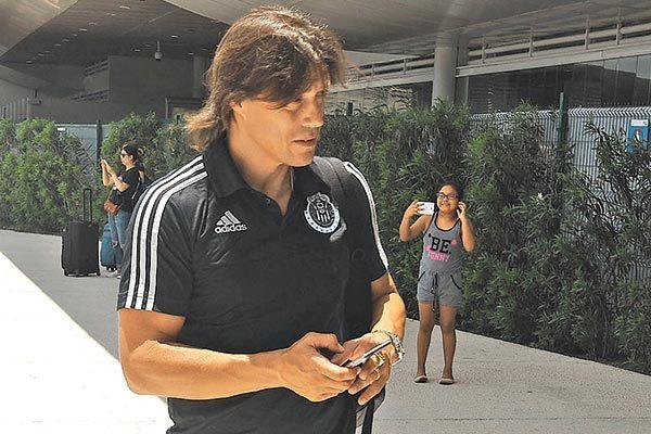 Chivas dobló las manos y deja a Almeyda como técnico