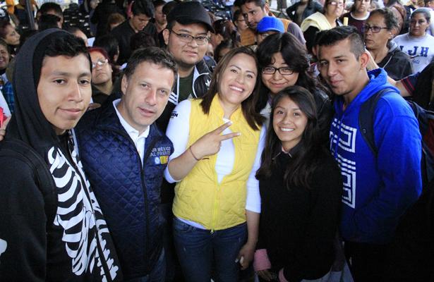 Karen Quiroga impulsará empleos y créditos para jóvenes de Iztapalapa