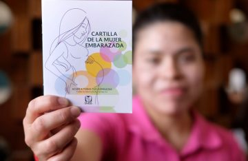 Seguro Social lanza nueva cartilla para embarazadas