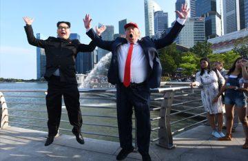 """[Galería] Dobles de Trump y Kim celebran """"cumbre"""" en Singapur"""