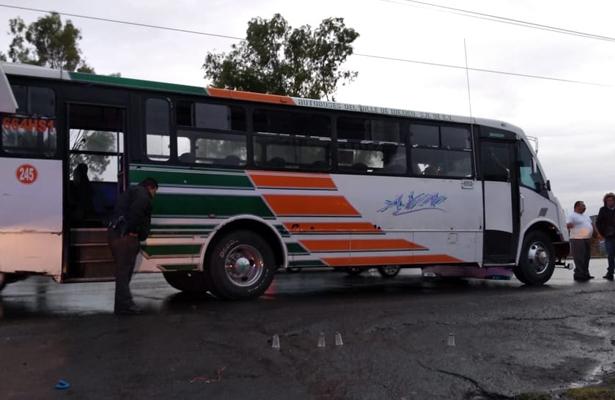 Arrebatan pertenencias y vida a pasajero en Texcoco-Lechería