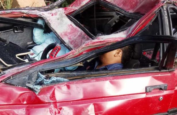 Un muerto y 7 heridos deja brutal accidente, en Oaxaca