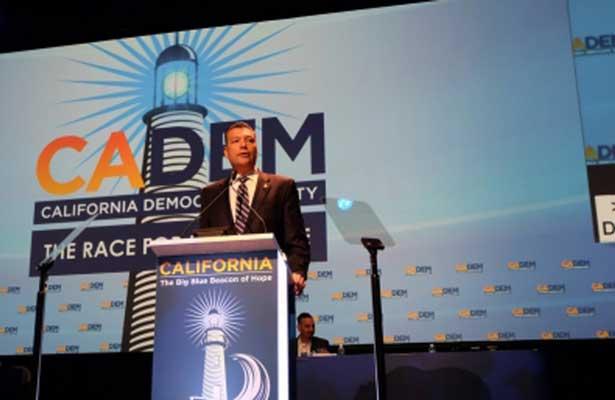 Avanza plan para dividir a California en tres estados