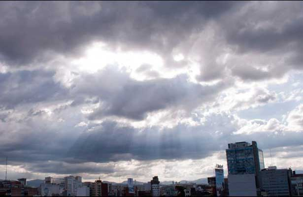 Prevén tarde lluviosa en la CDMX