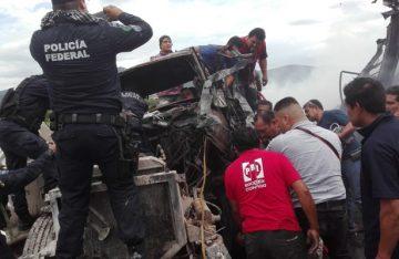 Trágica carambola mata a cuatro en circuito mexiquense
