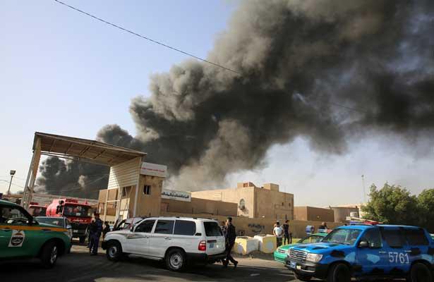 Incendio acaba con las urnas con los votos de elecciones parlamentarias en Irak