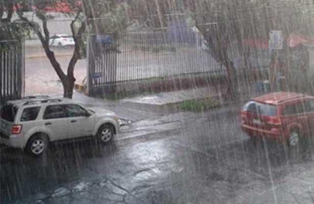 Prevén tormentas fuertes por la tarde en el Valle de México
