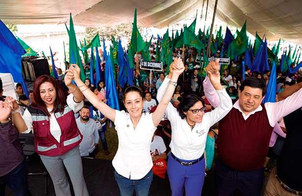 Candidatos de Morena visitan San Gregorio Atlapulco, comunidad afectadas por el sismo