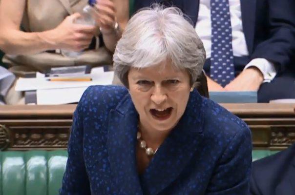 El plan de Theresa May para el Brexit dinamita su gobierno