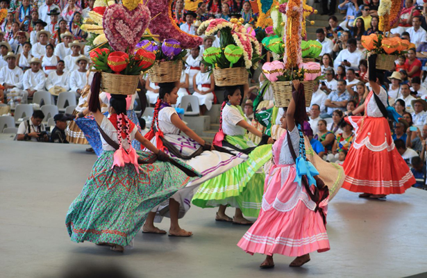 Oaxaca invirtió 40 mdp para la Guelaguetza: Alejandro Murat