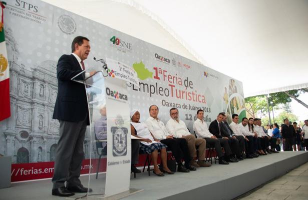 Arranca STPS feria de empleo en sector turístico, en Oaxaca