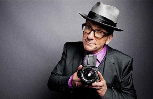 Elvis Costello cancela su gira por un cáncer agresivo