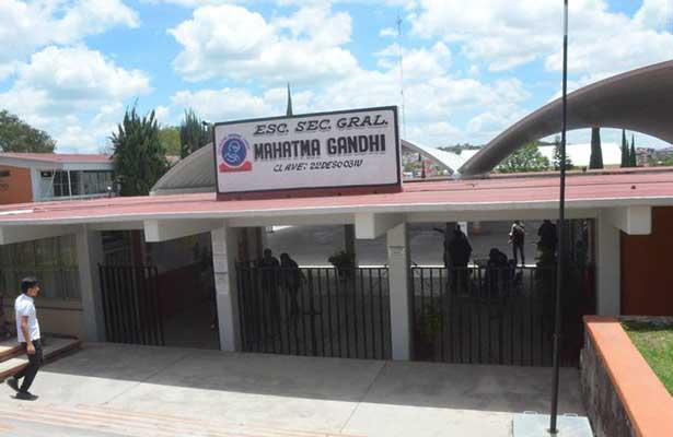 A mano armada atracan secundaria en Querétaro