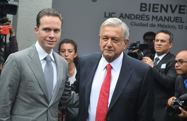 López Obrador sostiene encuentro con gobernadores del país