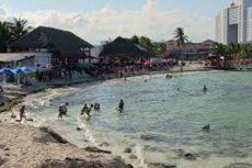 Balacera deja dos heridos, en playa del Cancún