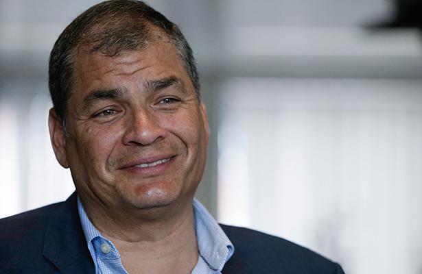 Correa, de la popularidad del poder al fantasma de la prisión
