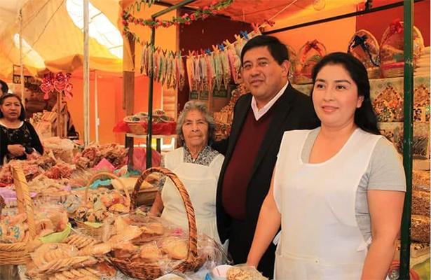 Feria del dulce cristalizado en Xochimilco