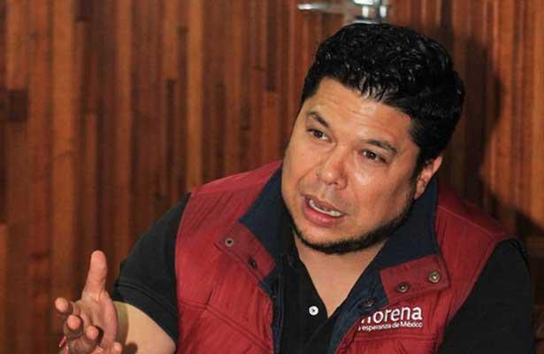 Enfrenta orden de aprehensión líder estatal de Morena en Puebla