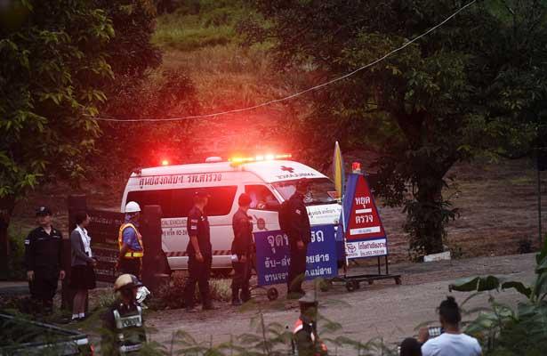 Rescatan a otros cuatro niños en Tailandia