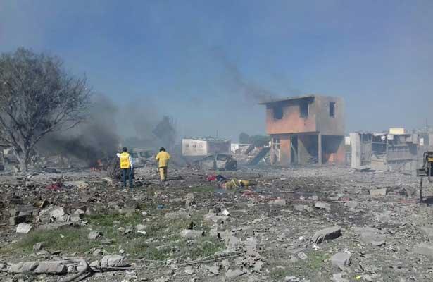 Explosión el La Saucera, Tultepec; reportan  24 muertos [VIDEOS]