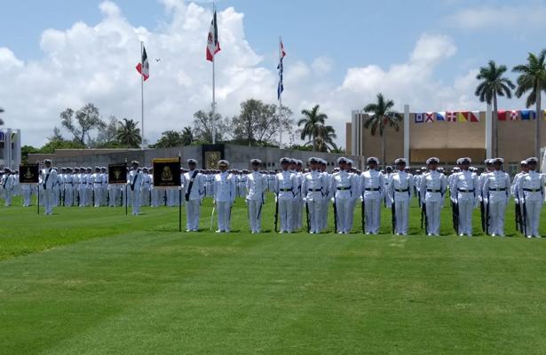 Entregará EPN el sable de mando a 148 jóvenes guardiamarinas