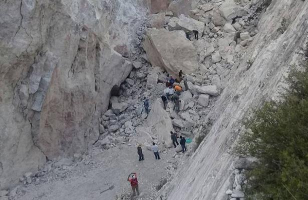 Derrumbe de mina deja cinco víctimas en Hidalgo