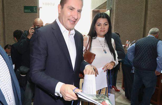 Propone Moreno Valle que INE organice renovación de dirigencia del PAN