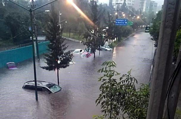 Inundaciones desquician el sur de la CDMX