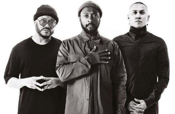Black Eyed Peas prende a mexicanos al ritmo de hip hop