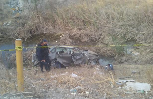 Se matan tres en volcadura, en Tampico