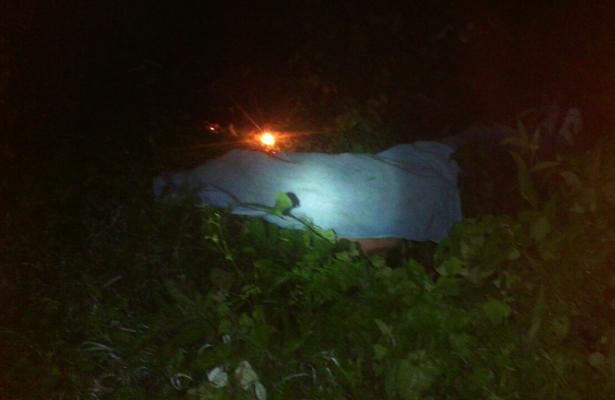 Joven muere en volcadura sobre la carretera Nocupétaro-Morelia