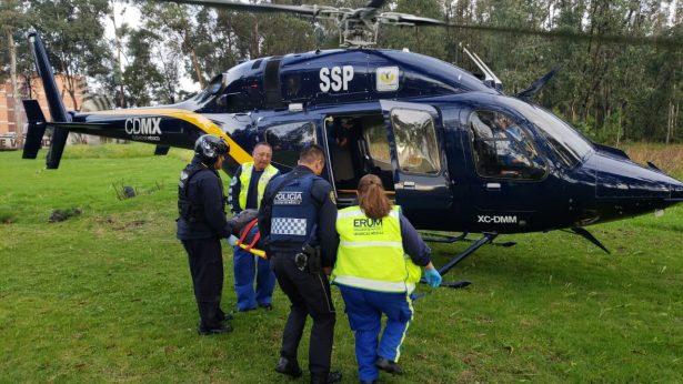 Derrapa motocicleta de mujeres policía en Tlalpan