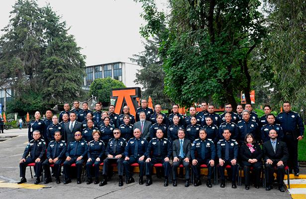 Policía Federal gradúa a elementos en liderazgo  y gerencia policial