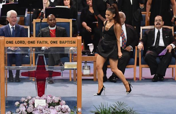 Celebridades dan el último adiós a Aretha Franklin