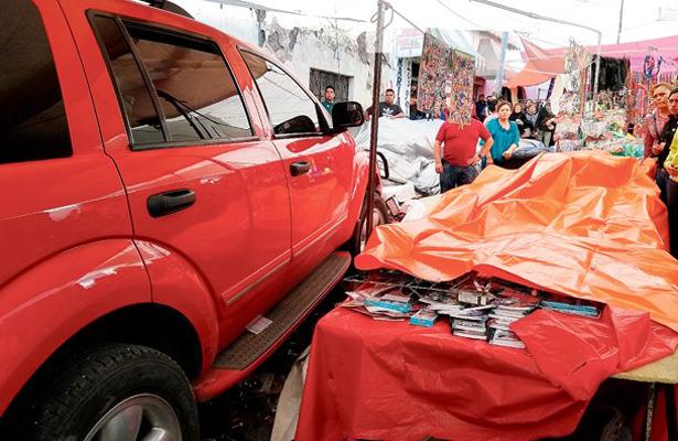 Camioneta arrolló a una multitud en la tradicional Plaza de Jueves