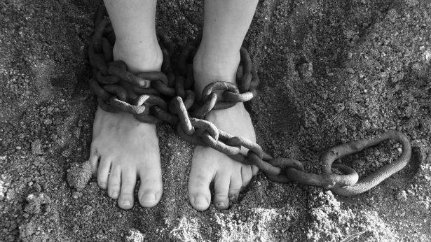 Hasta 100 años de cárcel a secuestrador