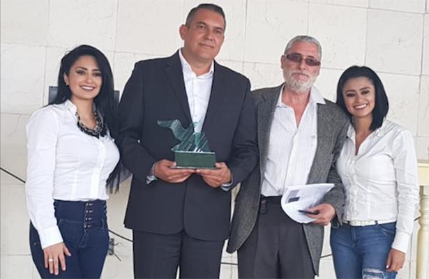 Premio internacional Gaviota, a Alfredo Corzo