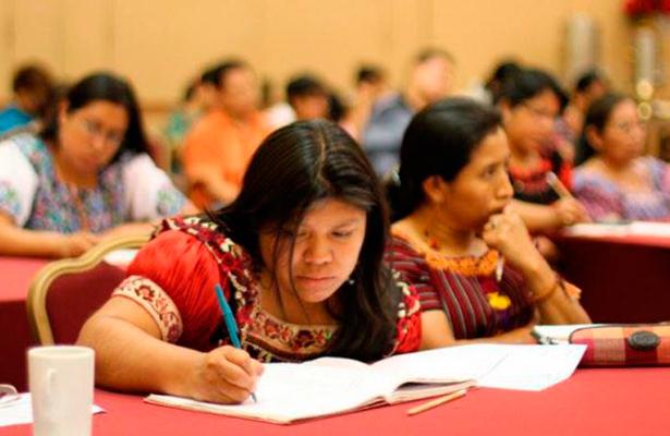 Únicamente un 1% de la matrícula universitaria es indígena en México