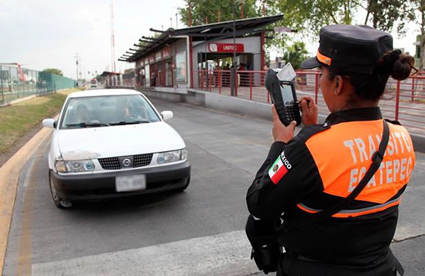 Infracciones en Ecatepec a los abusivos que entren a carril de Mexibus