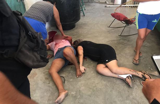 Ejecutan a mujer y a otra la hieren en Oaxaca